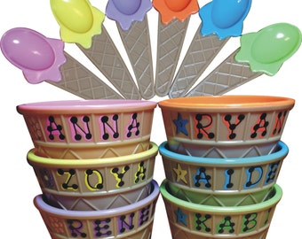 """Ice Cream Bowl **SALE** Personalized Party Favor / Kid's Personalized Ice Cream Cup with Spoon / 4"""" wide x 2.5"""" tall / Ice Cream Dish"""