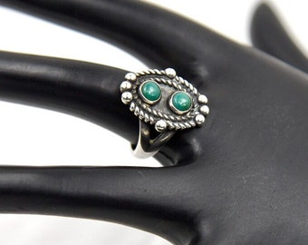 Vintage Old Pawn Green Turquoise, Rope Design & Raindrop Sterling Silver Ring