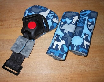 Safari Friends Animal World  Infant/Toddler Reversible Car Seat Strap And Belly Buckle Cover