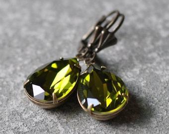 Olive Green Crystal Drop Earrings Swarovski Crystal Pear Earrings Olivine Bridesmaid Clip on Dangle Drop Studs Green Wedding Gr