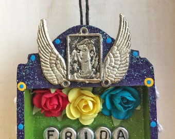 Nicho Ornament - Frida. Purple and Green. Frida and Wings Milagros. Miniature Roses, Vintage Lace.