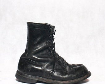 SALE 8 R | Vintage 1960's Combat Boot Black Leather Lace Up Military Boot