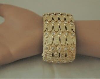 SALE - Stretch Bracelet, Gold and clear crystal bracelet, Chunky bracelet, Gift for her, Bangle cuff bracelet, Gold Bracelet