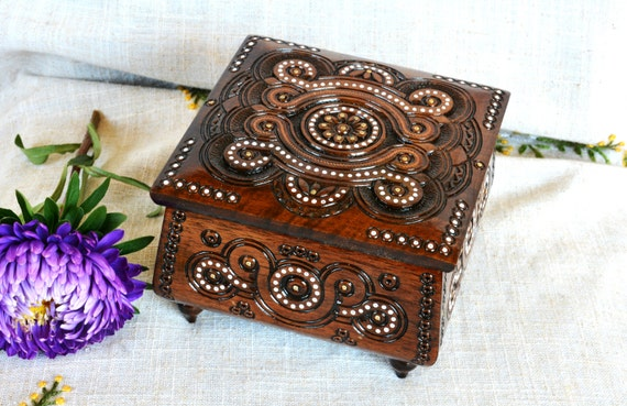 Jewelry box Wedding jewelry box Wooden jewelry box Ring box Wooden box Jewelry ring box Wood carving Jewellery box Wedding ring box wood B10