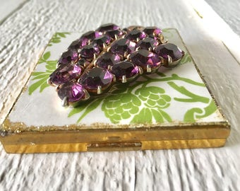 Vintage compact purse mirror loose powder embellished brooch Shulton Old Spice 1960s