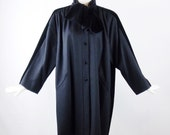 Reserved  VALENTINO BOUTIQUE WOOL and Black Velvet Car Coat with Matching Velvet Collar Stunning Size S/M