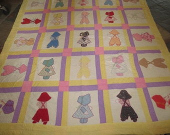 Vintage Quilt, Sunbonnet Girl and Boy Quilt, Hand Appliqued, Hand Quilted // Machine Joined