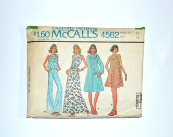 1970s Carefree Patterns from McCalls Sewing Pattern 4562, Misses Dress or Top, Bust Size 34