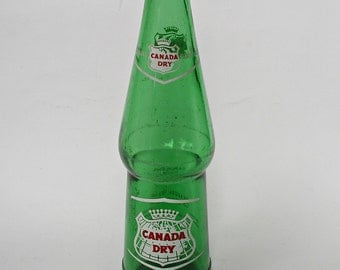 c.1956 Canada Dry Soda Bottle, Ginger Ale, 10 Ounces