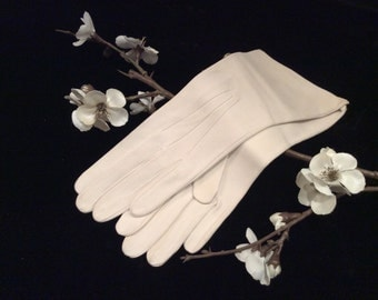 Vintage NOS Ivory Leather Kidskin Gloves Small, Vintage Gloves, Wedding Gloves, Bridal Gloves, Ivory  Gloves, Vintage Leather