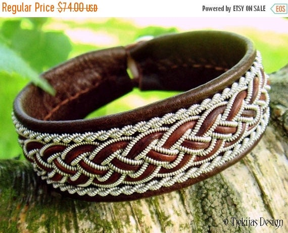GIMLE Viking Sami Bracelet Cuff Handmade Swedish Lapland Bracelet in Antique Brown Reindeer Leather with Tin Thread and Leather Braid