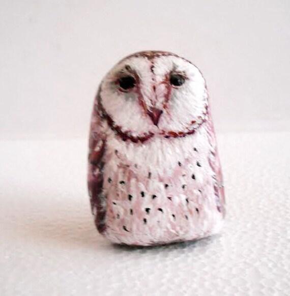 Hand Painted Stone Owl Feather Bird .River rock Artwork Paperweight Home Garden Decor. 3D animal.