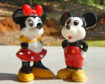 "Vintage Mickey Mouse and Minnie Mouse 2"" Disney Figures Made In Taiwan"