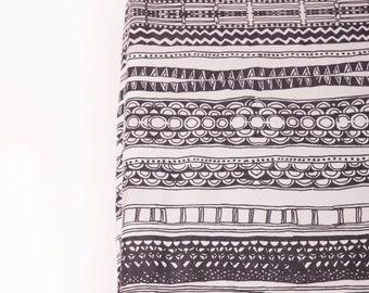 Modern Geometric Organic Cotton Crib Sheet , Organic Baby Bedding , Gender Neutral Crib Sheet , Scandinavian Modern, Monochrome baby bedding