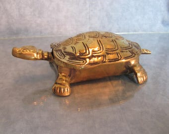 Brass Turtle Trinket Box / Brass Dresser Box / Brass Turtle Ashtray