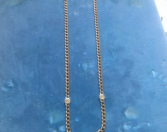 English 9K Gold Chain with 3 Diamonds in White Gold