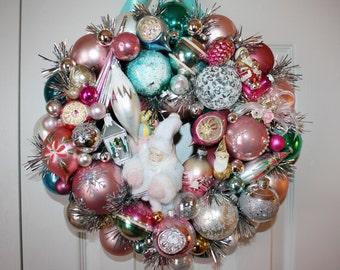 Vintage Ornament Wreath Shabby Cottage Chic Christmas Wreath 17 X 18 Santa Christmas Wreaths Door Wreath