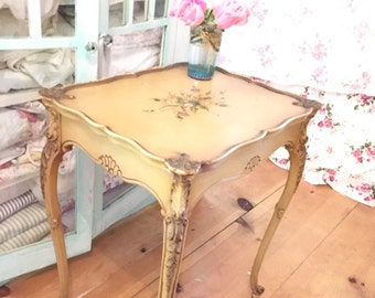 French vintage table shabby chic Rachel Ashwell prairie cottage