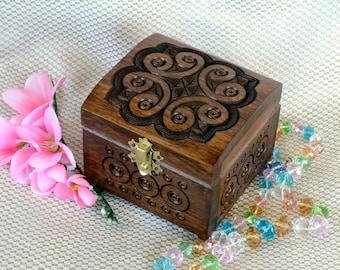 Jewelry box Wedding ring box jewellery box Wooden box Ring box Jewelry boxes Wood carving wooden jewelry box Wood boxes boite a bijoux Q15