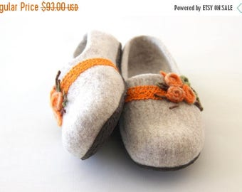Women slippers handfelted from natural merino wool, decorated with orange linen laces and felted flowers - Mothers day gift - gift for her