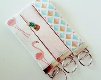 Flamingo Key Fob  - Pineapple Fabric Wristilet - VIntage Fabric