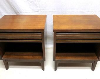 Vintage Pair 2 Kroehler Mid Century Modern Walnut Nightstands Bedside Cabinet Night Stands Retro Eames Era American Made Peg Legs