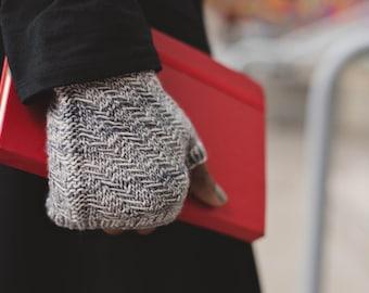 Modern Lines (knitting pattern)