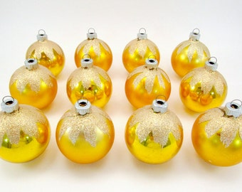 1960s Shiny Brite Christmas Ornaments Snow Cap Christmas Decorations Mid Century Gold Boxed