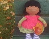 Customizable crochet dolly