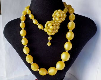 Vintage Lucite Yellow Moonglow Long Necklace and Clip Earrings Graduated Oval Bead Lucite Demi Parure 1950's