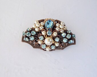 Aqua Blue Rhinestone Brooch in Fan Shape. Vintage Style Rhinestone Jewelry. Blue Costume Jewelry. Romantic Gift Ideas for Spring Summer