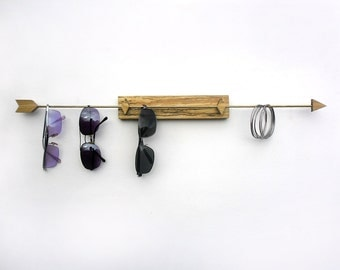 arrow sunglasses or jewelry organizer