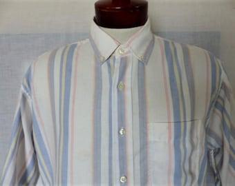 vintage 80's 90's Mervyn'sWindridge white pastel pale pink yellow blue vertical stripe thin oxford button up collar shirt short sleeve Large