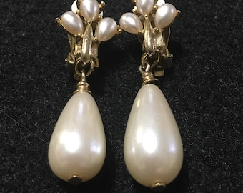 Clip on tear drop gold tone faux pearl earrings