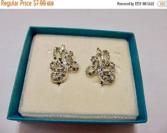 On Sale Vintage Sparkling Rhinestone Earrings Item K # 2454