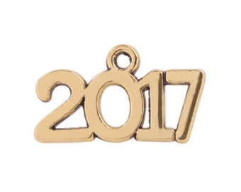 BULK 50 pieces - 2017 year charm pendant - Class of 2017 charm, Antique Gold -  RTS - Ready to ship