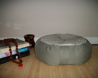 "UNFILLED Meditation Cushion. Zafu. Dorm Pillow. Floor Pillow. Cotton Driftwood Coral print. 6"" velcro closure. Handmade, USA"