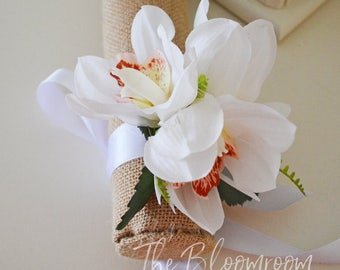 Wedding corsage / Prom corsage / Formal corsage / Wristlet corsage / Mother of the bride / Flower corsage / Flower bracelet / Floral corsage