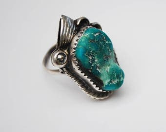 Sterling  Turquoise Ring - size 7 - native American - Old Pawn southwestern