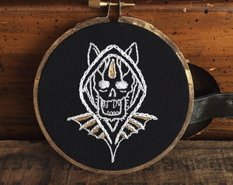 "Traditional tattoo flash style 4"" Embroidery hoop art - hand embroidery - black work"