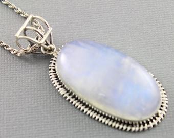 Rainbow Moonstone Pendant, 925 sterling silver pendant, Silver Pendant, Pendant for Necklace, Rainobow Moonstone, Artisan Pendant, (SP-7041)