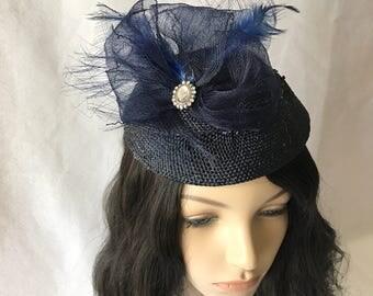 Midnight blue fascinator hat, Dark Navy Blue round fascinator hat for Wedding, Steeplechase fascinator, Kentucky Derby, Melbourne Cup hat