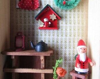 Santa Diorama Vintage Christmas Kitsch Decor