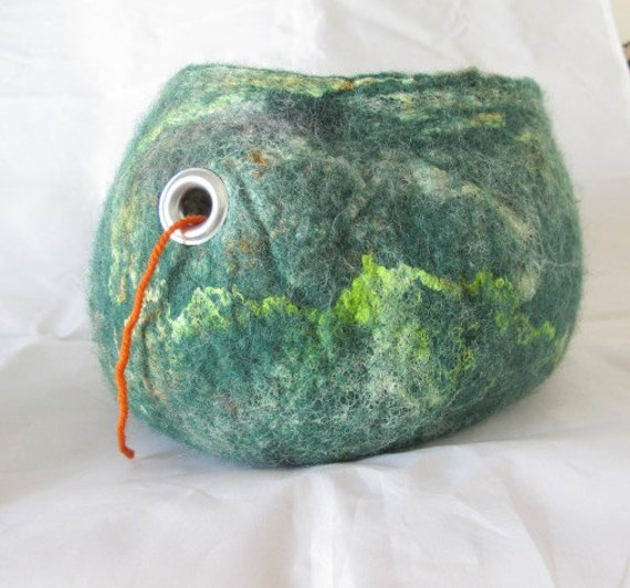 Wet Felted  green traveling Yarn Bowl for Knitters and crocheters.  Blue faced leicester, merino wools and silk hankied  wet felted