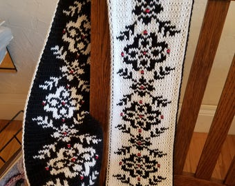 Circles and Arrows Scarf