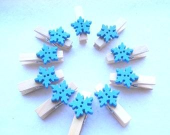 Wood Pegs with Blue Snowflake Trim Pack of 10 Mini Wood Craft Pegs PG63