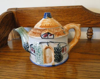 Vintage Small Village Cottage Teapot, Made in Occupied Japan, 1947-1952, Decorative House with Thatched Roof Teapot