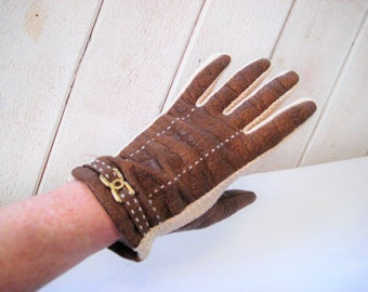 Vintage brown faux leather driving gloves, warm acrylic lining, aris 80s gloves, decorative buckle, size 7, size M, winter gloves, snuggler