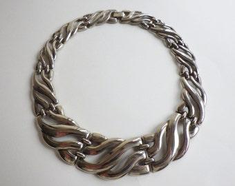 Vintage Metal Link Choker Necklace