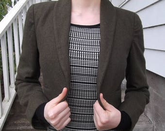 VINTAGE GREEN JACKET 1960's Olive Wool Shrug Size Small